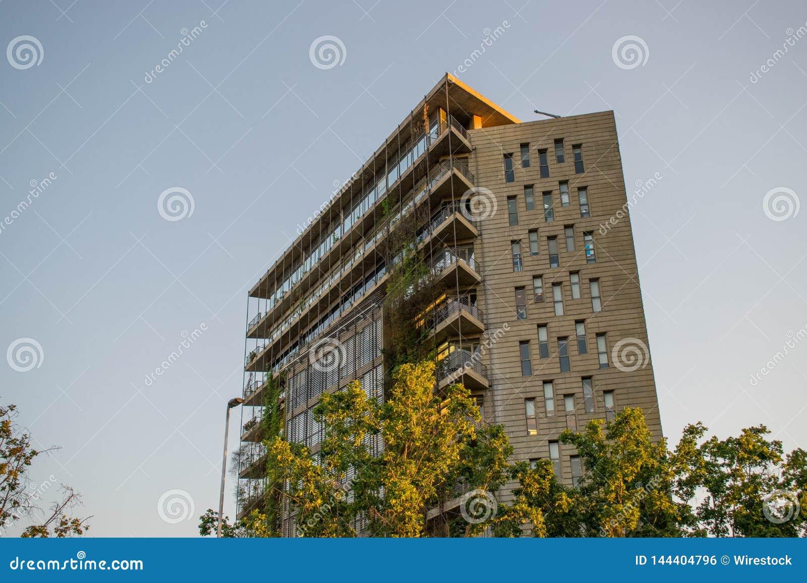 Budynek mieszkaniowy w mieście Santiago, Chile