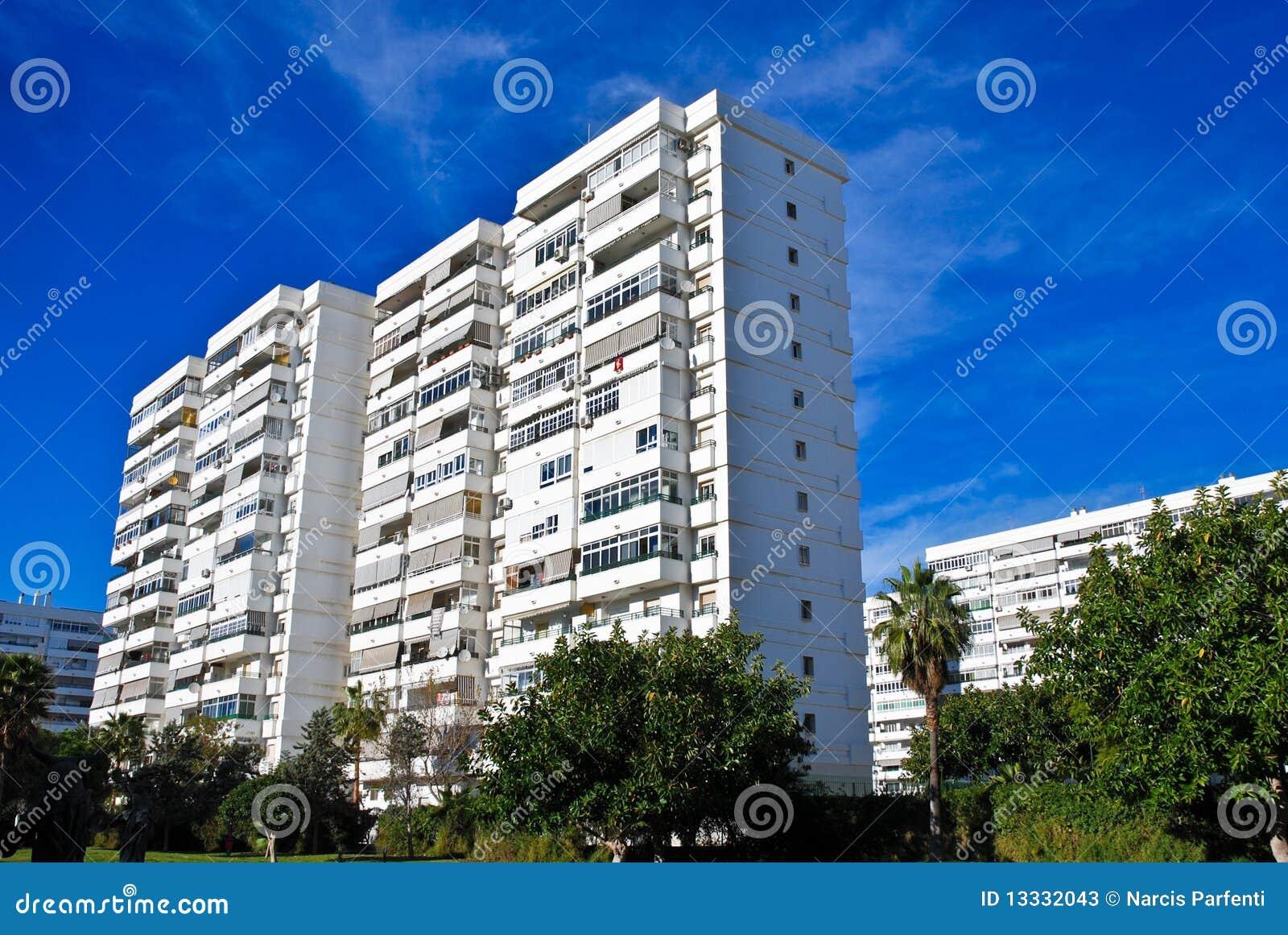 Budynki biały