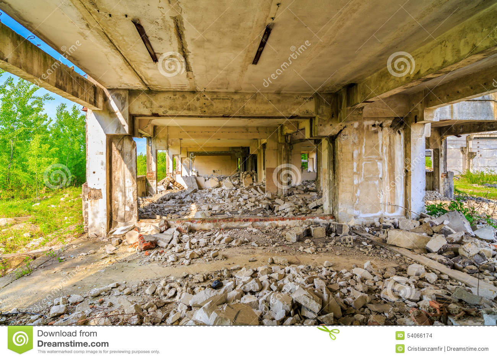 Budynki, ruiny