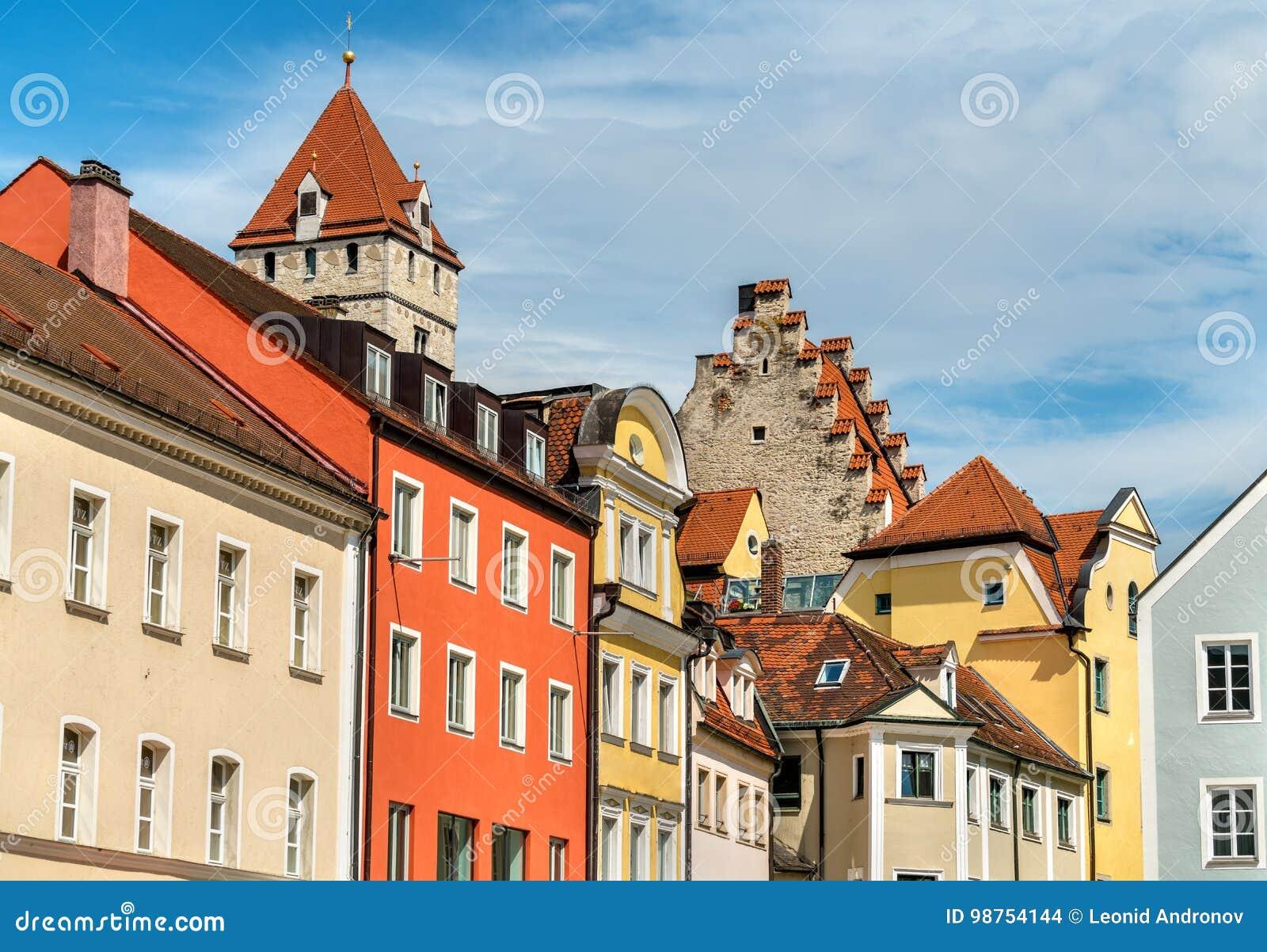 Budynki w Starym miasteczku Regensburg, Niemcy