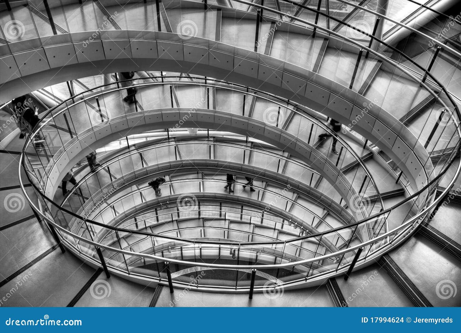 Budynku schody biurowy ślimakowaty