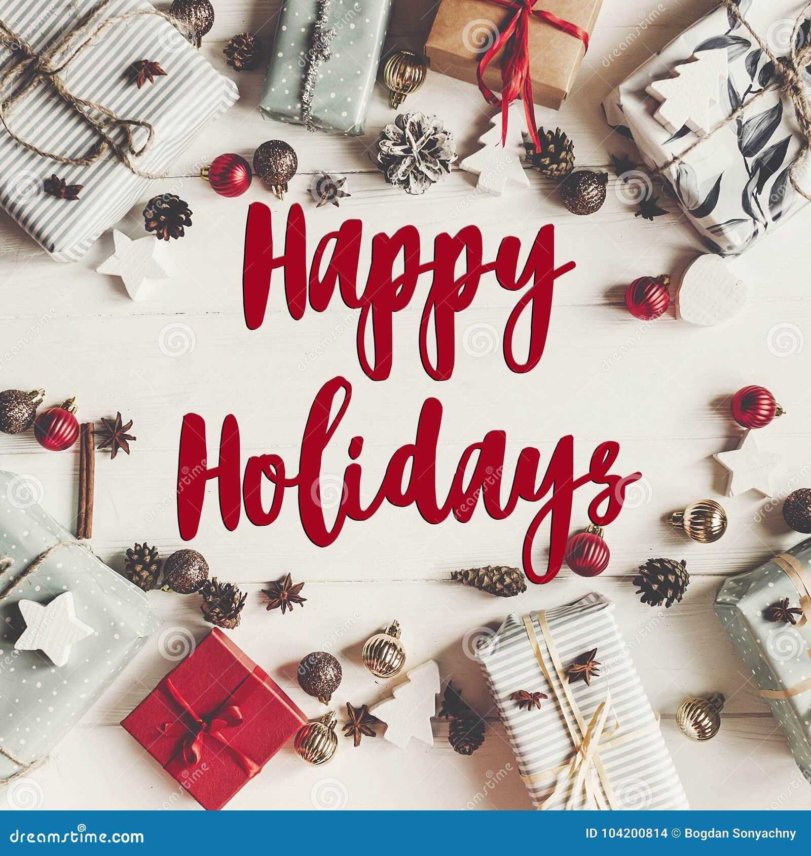 Buenas fiestas texto, muestra estacional de la tarjeta de felicitaciones fla de la Navidad