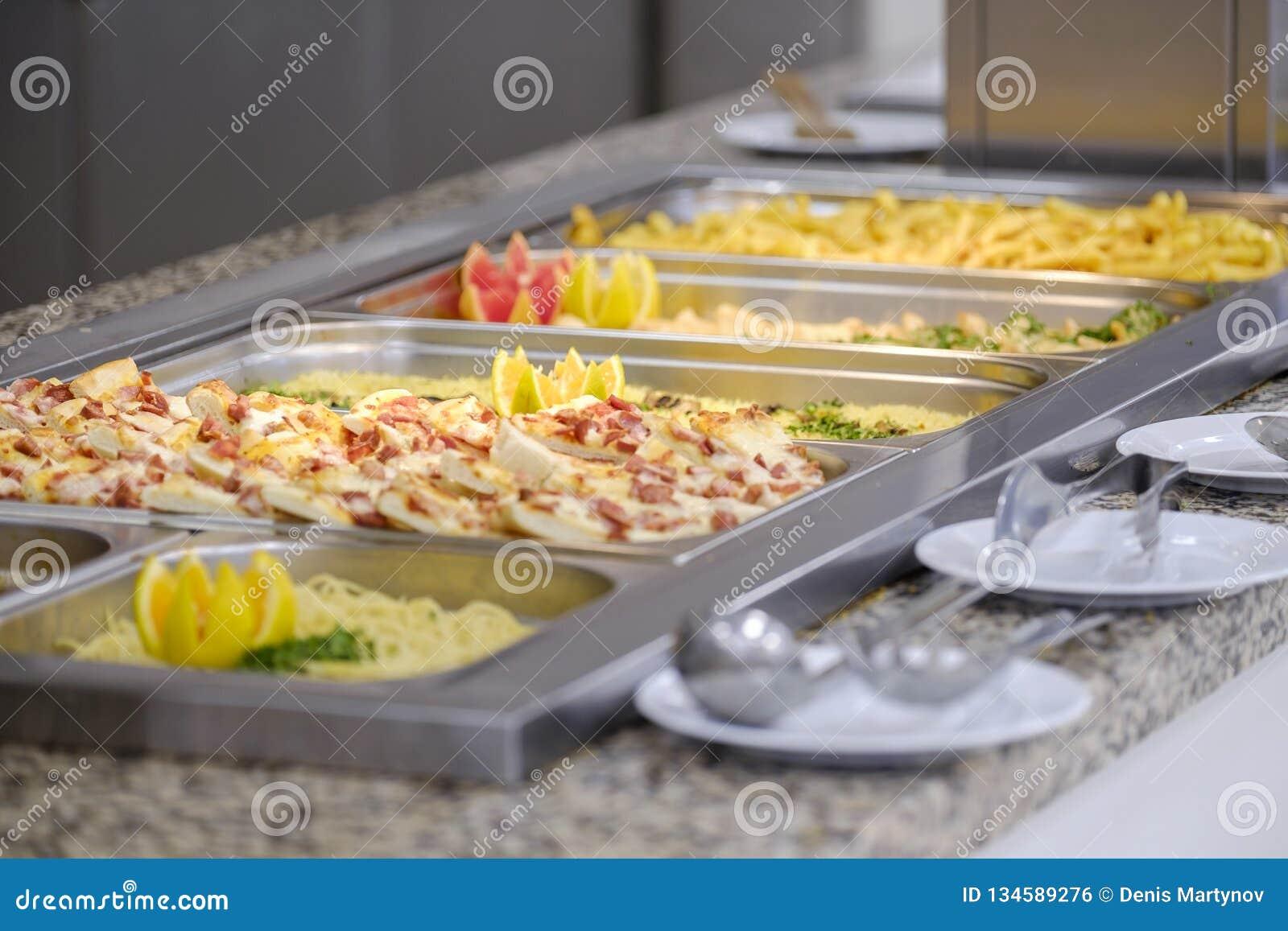 Bufet z mięsem 5 i warzywami