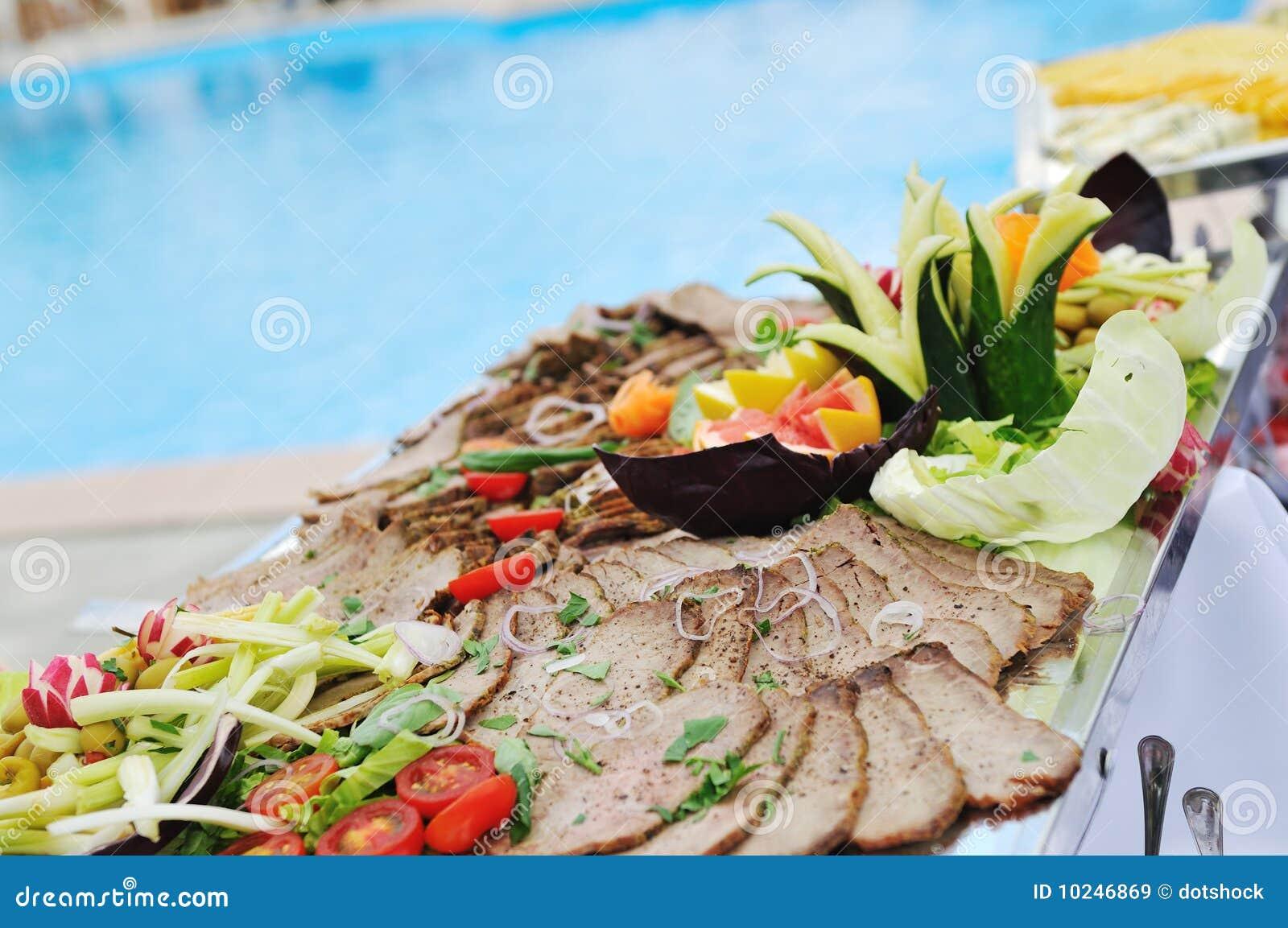 buffet extérieur image stock. image du pain, restauration - 10246869