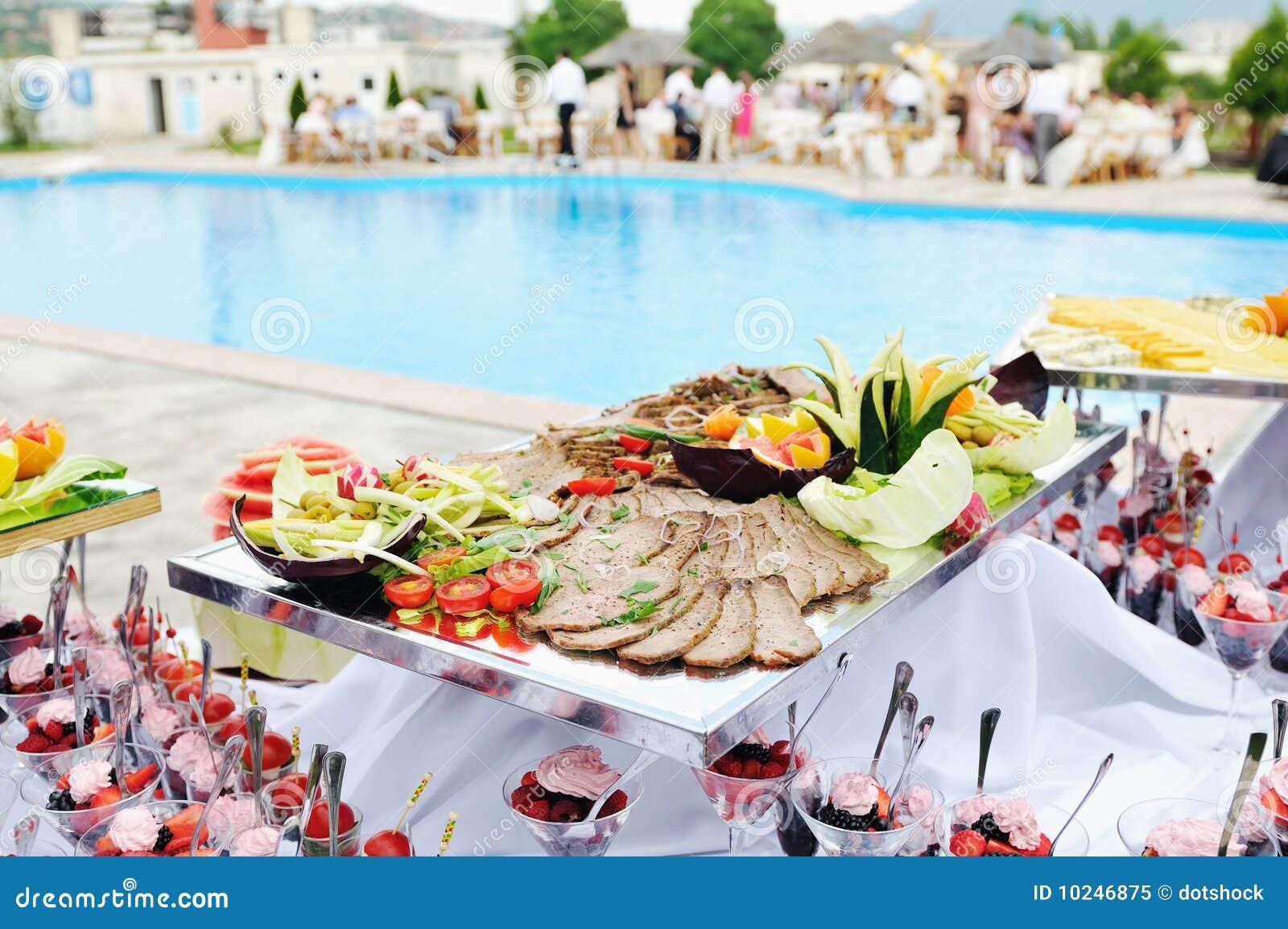 buffet extérieur image stock. image du appétit, sain - 10246875