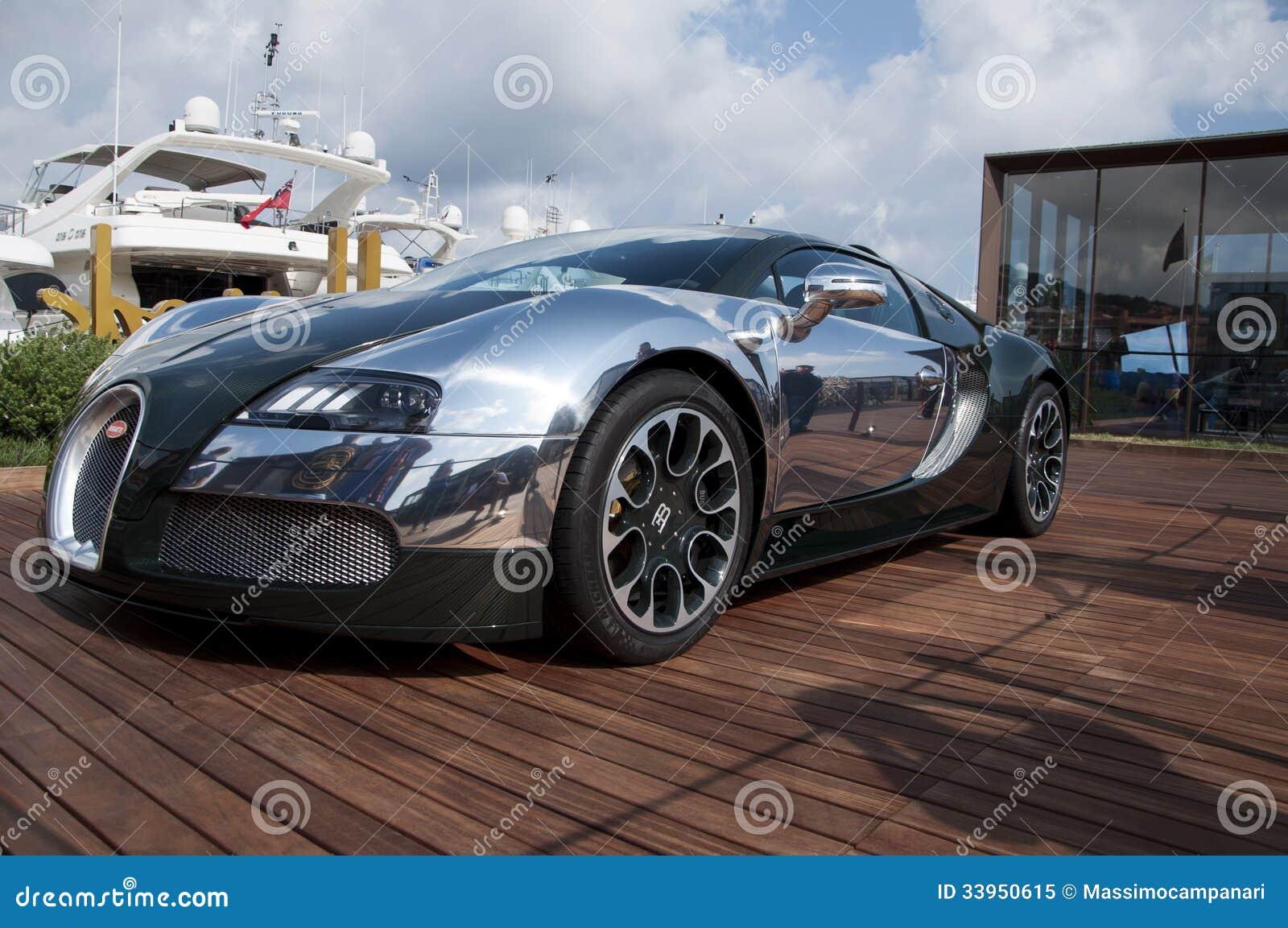 Bugatti Veyron Green And Aluminum Editorial Image Image Of Engine