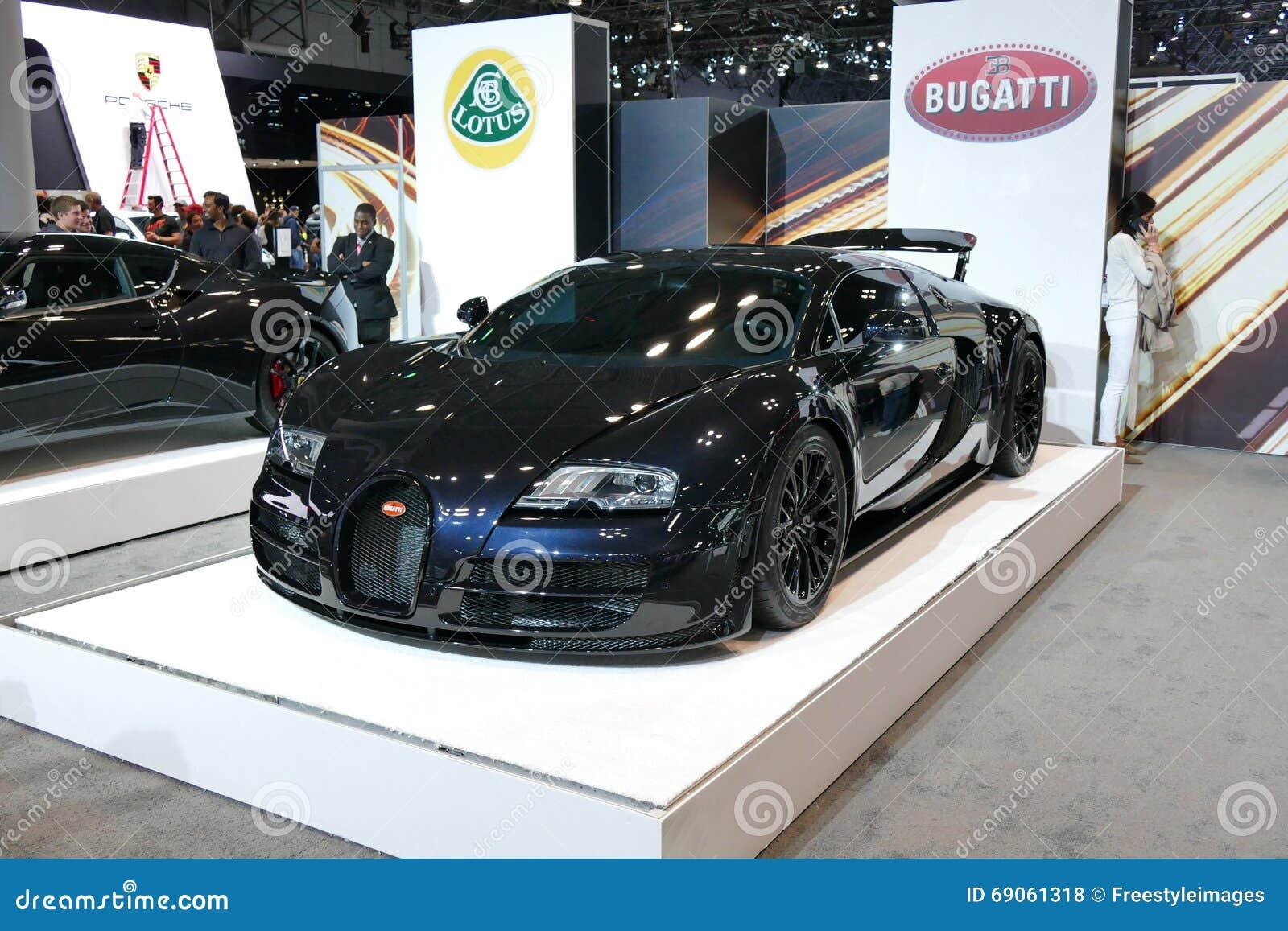 Bugatti Veyron przy Nowy Jork Międzynarodowym Auto przedstawieniem jpg