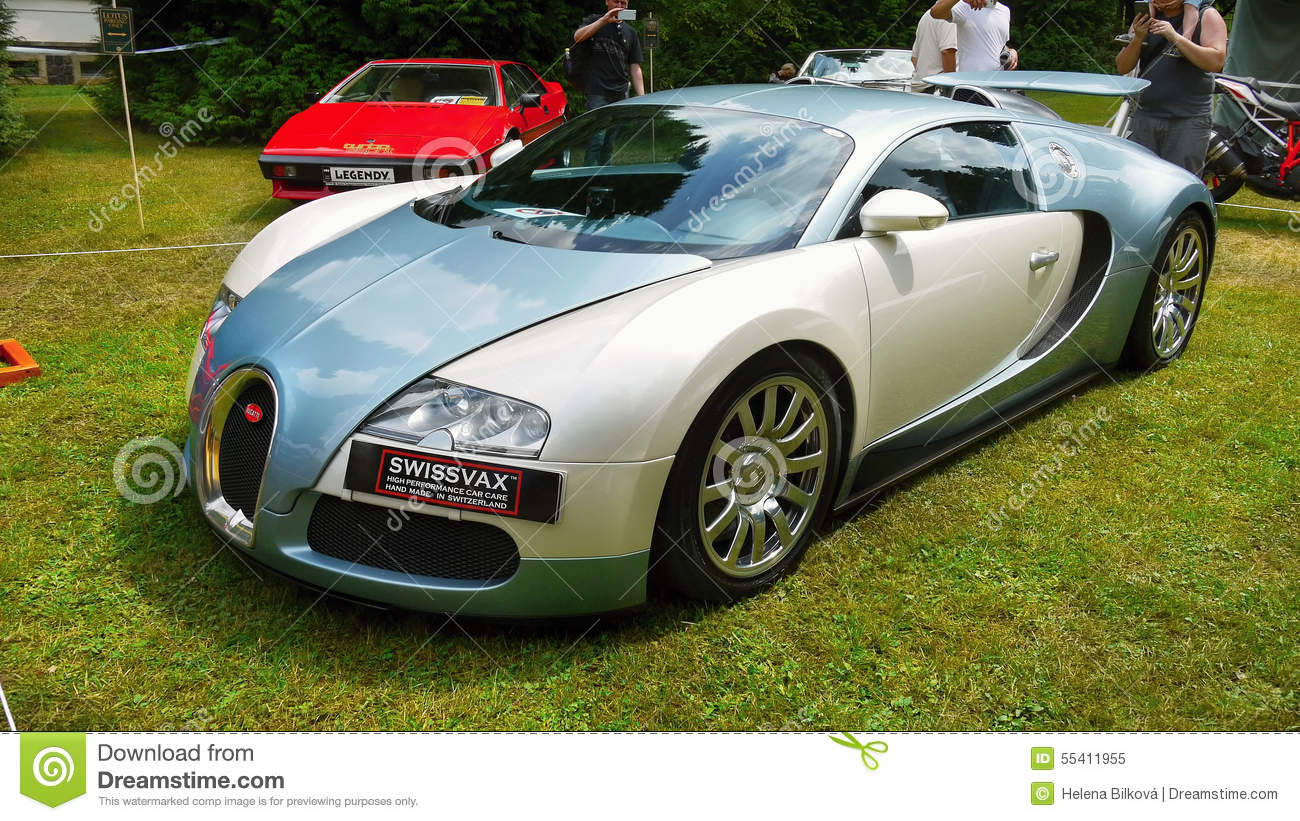 bugatti veyron voiture de sport superbe voiture de luxe. Black Bedroom Furniture Sets. Home Design Ideas