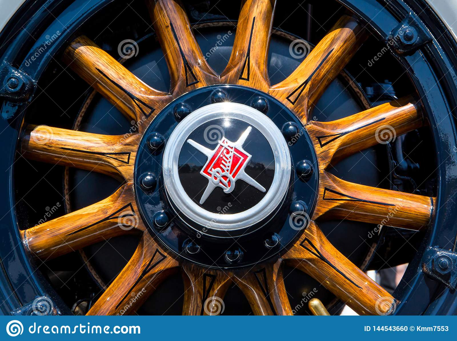 1929 Buick Automobile Wooden Wheel Editorial Image - Image