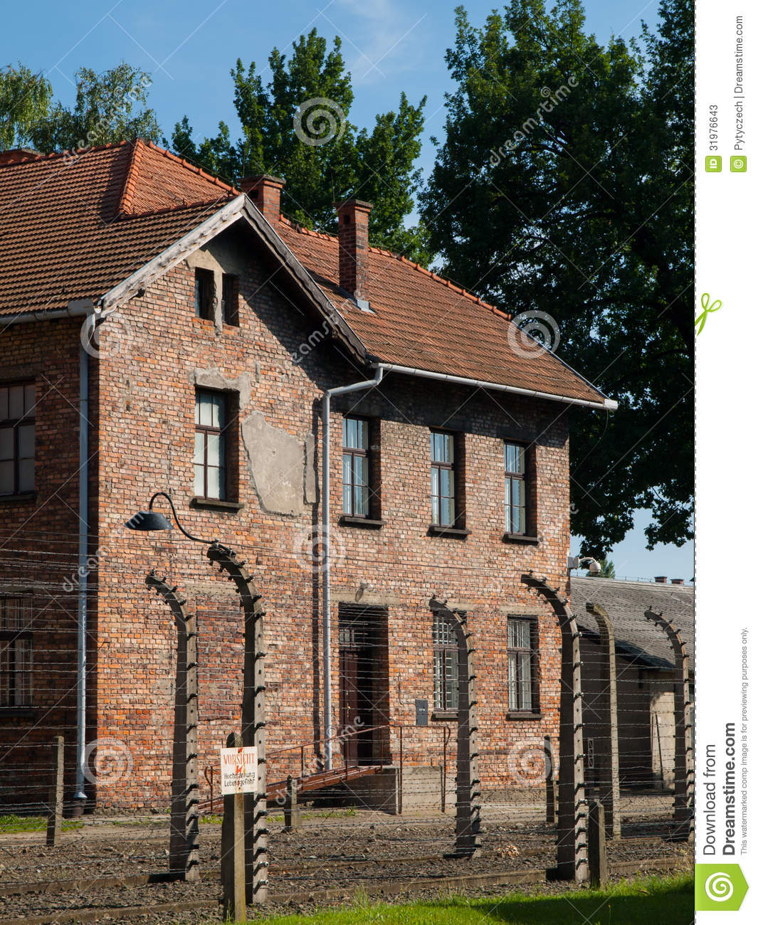 Buildings At The Horrifying Auschwitz Concentration Camp ... |Concentration Camps Buildings