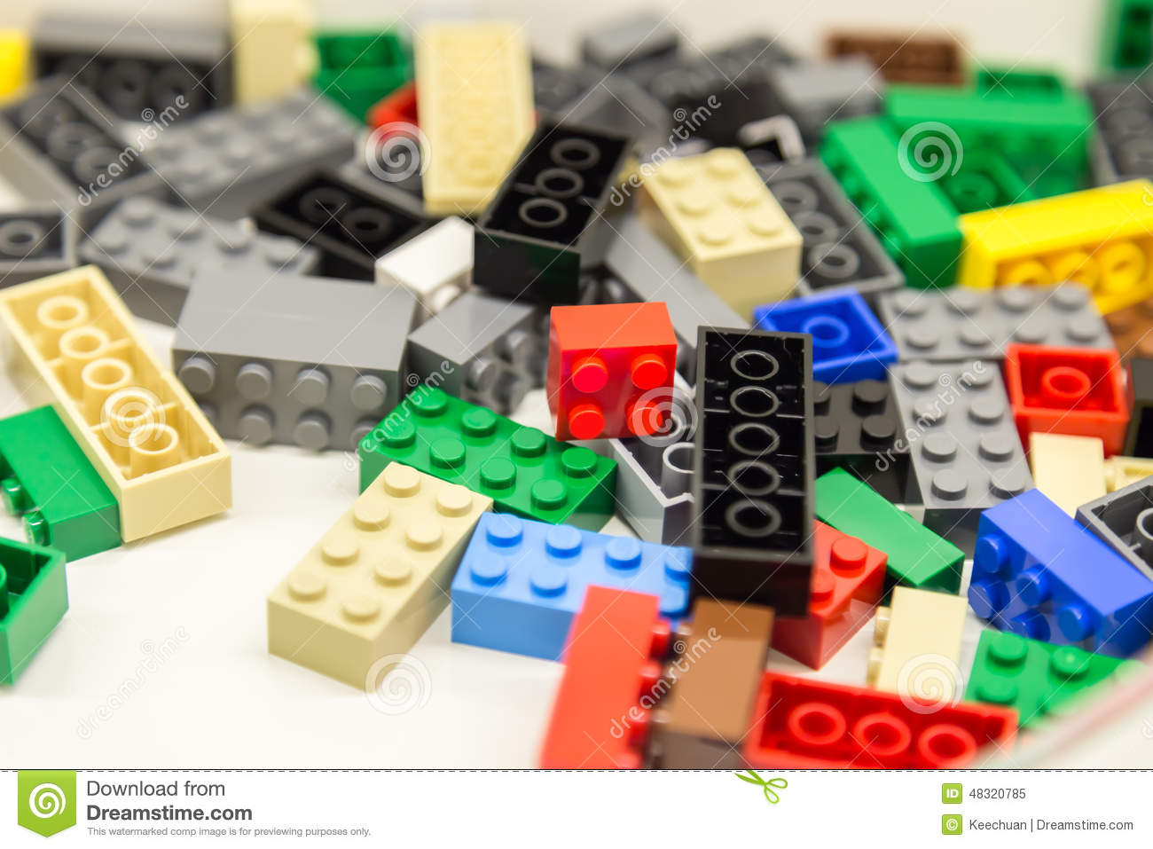 Building blocks with focus and highlight on one selected