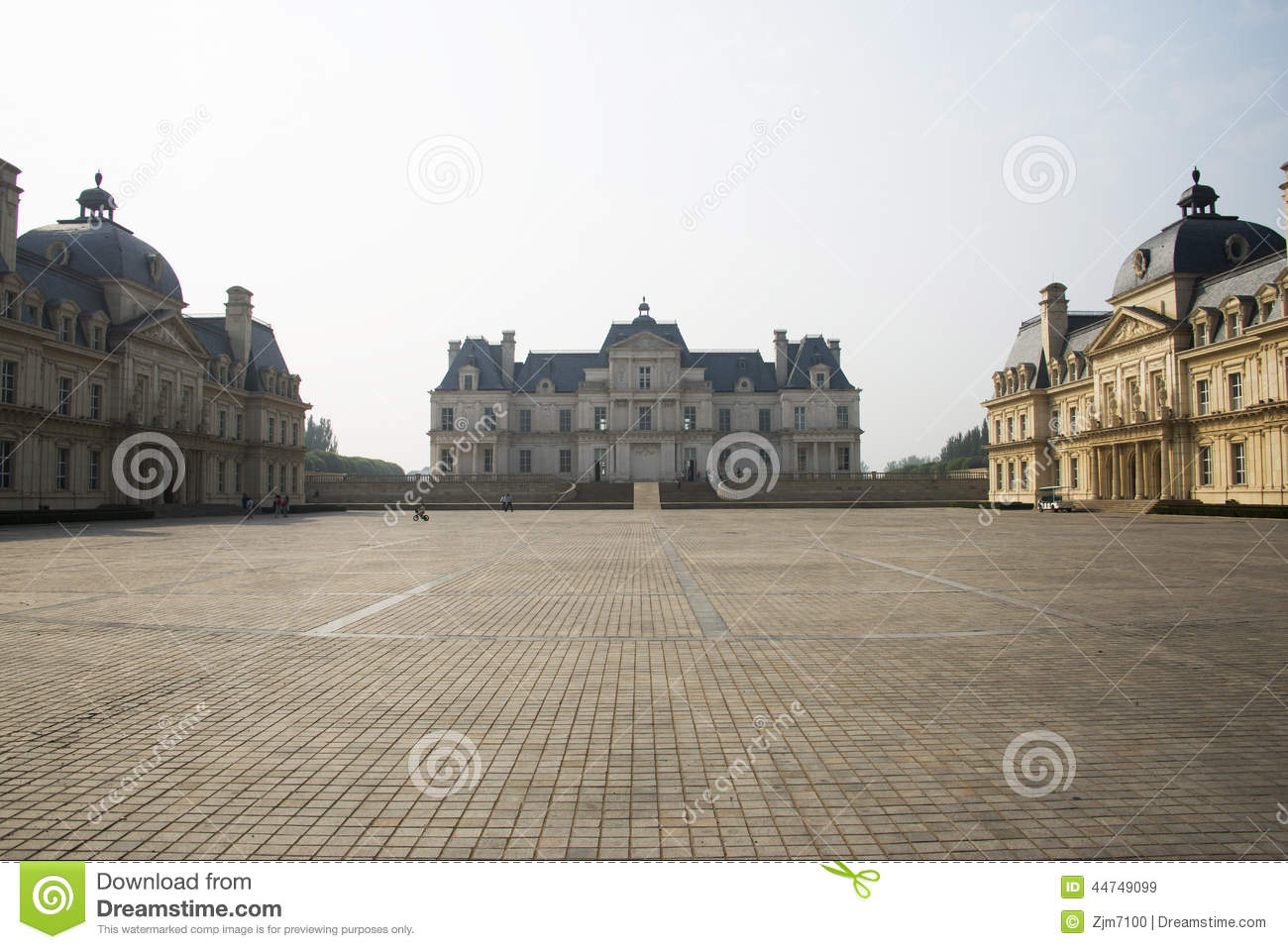 building, the castle editorial stock image - image: 44749099