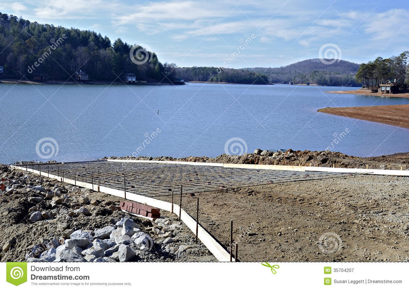 Building a New Boat Ramp stock image. Image of landscape - 35704207