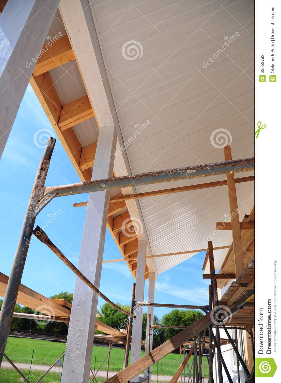 Roofing fascia for New roof design