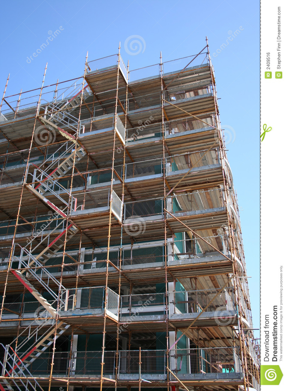 Building With Scaffolding Stock Photo Image Of Scaffold