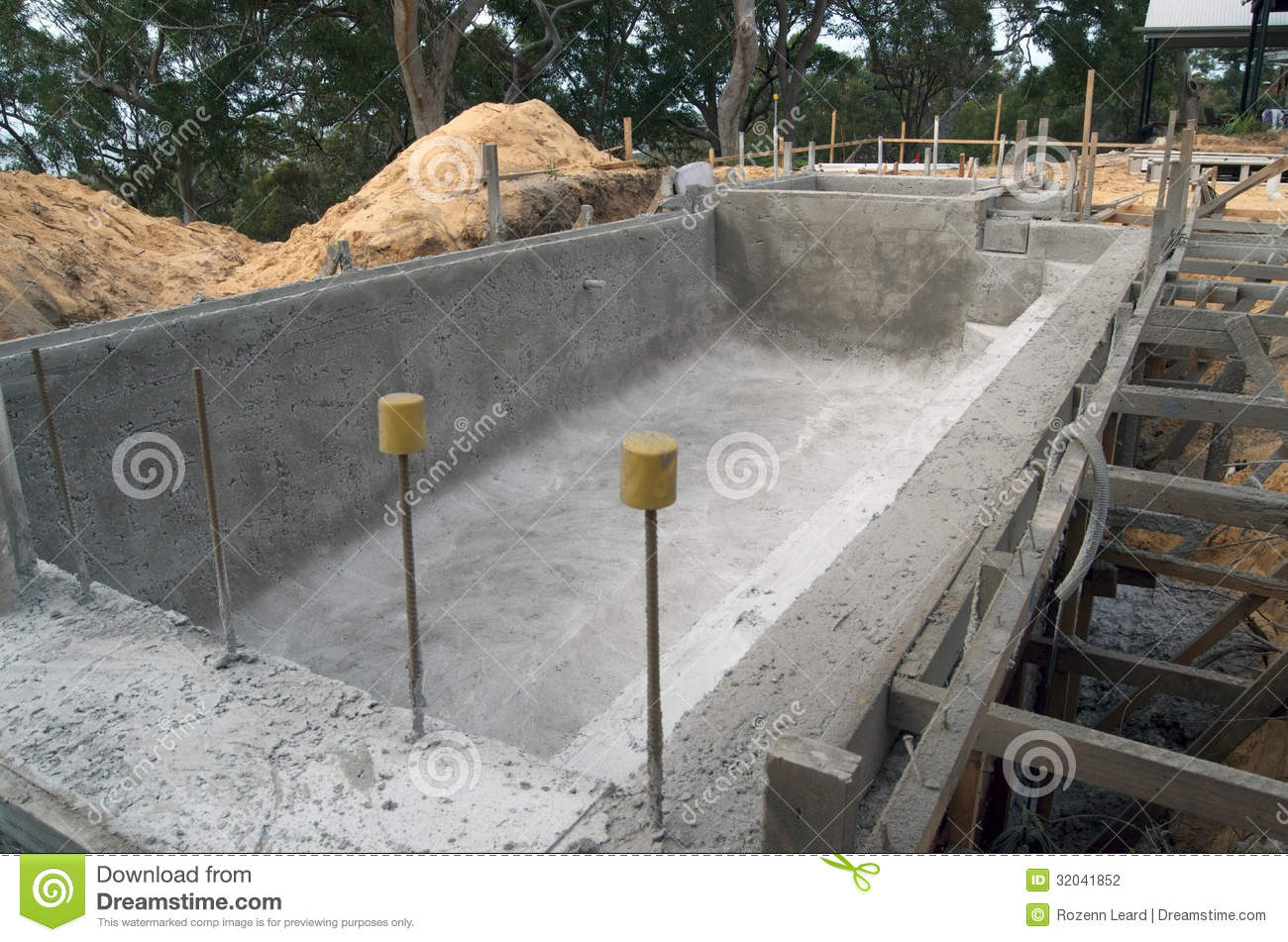 Building A Swimming Pool Stock Photo Image Of Build 32041852