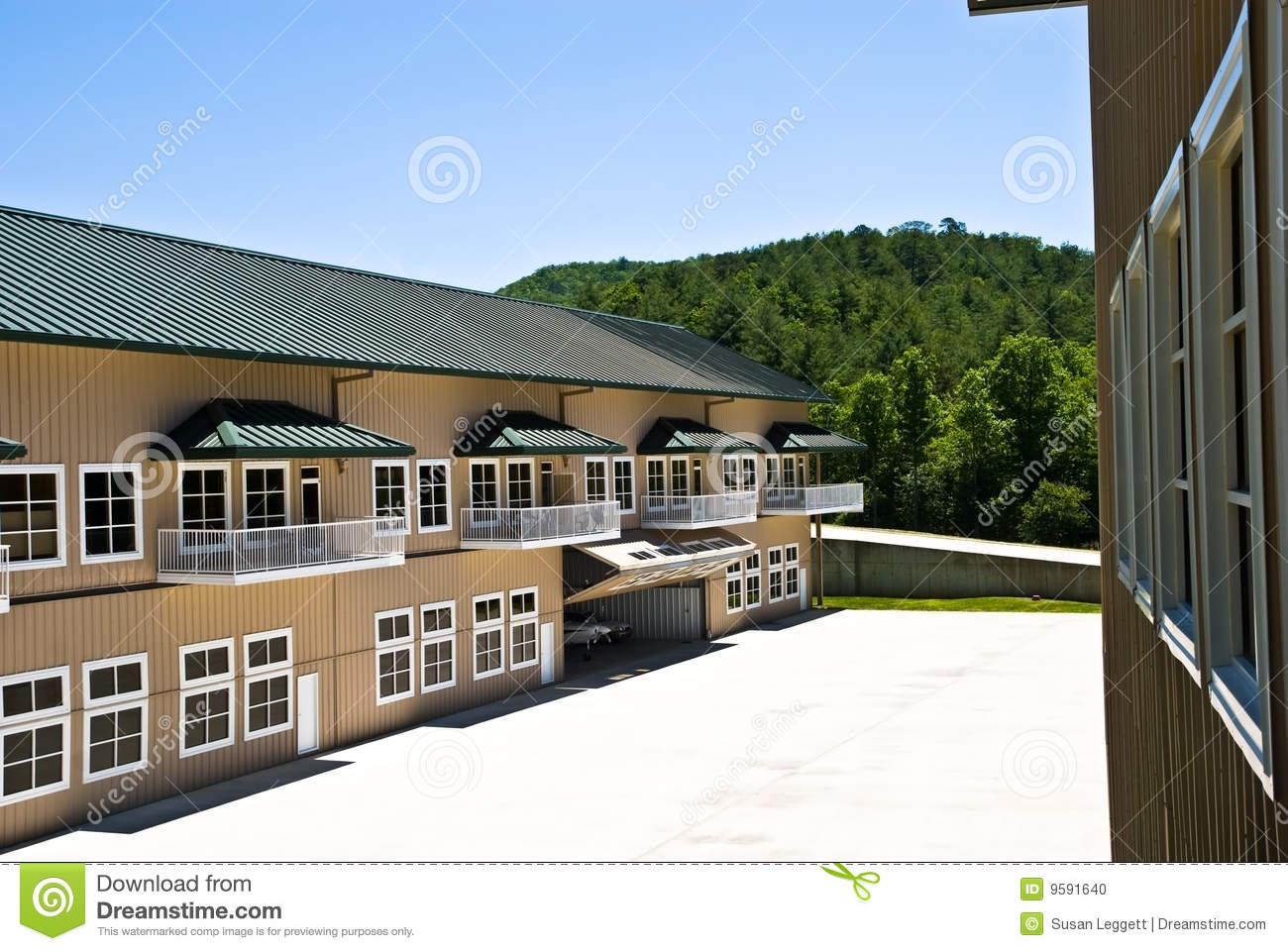 Buildings airplane hangers stock photo image 9591640 for Metal buildings with living area