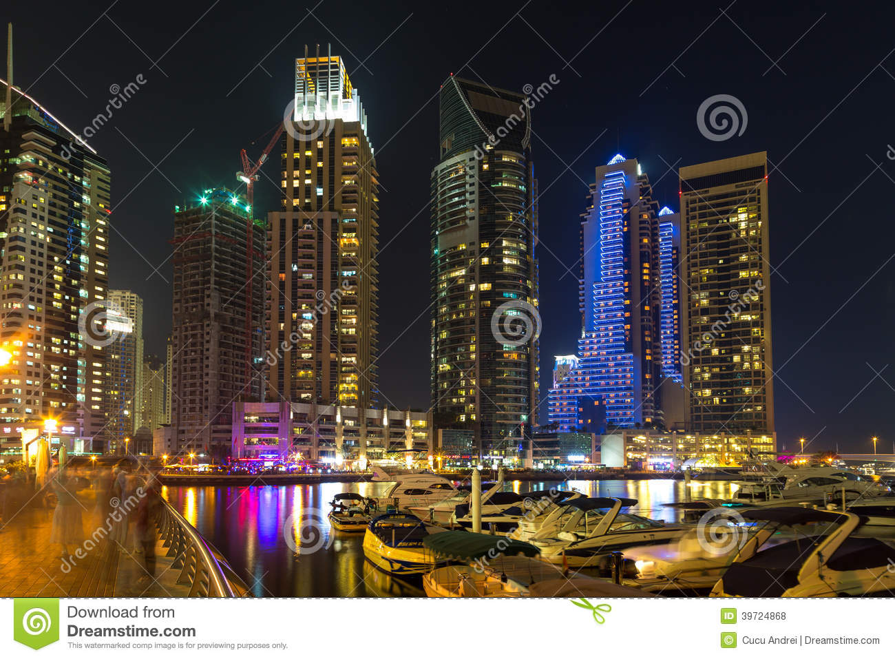 Buildings in Dubai Marina - nightview