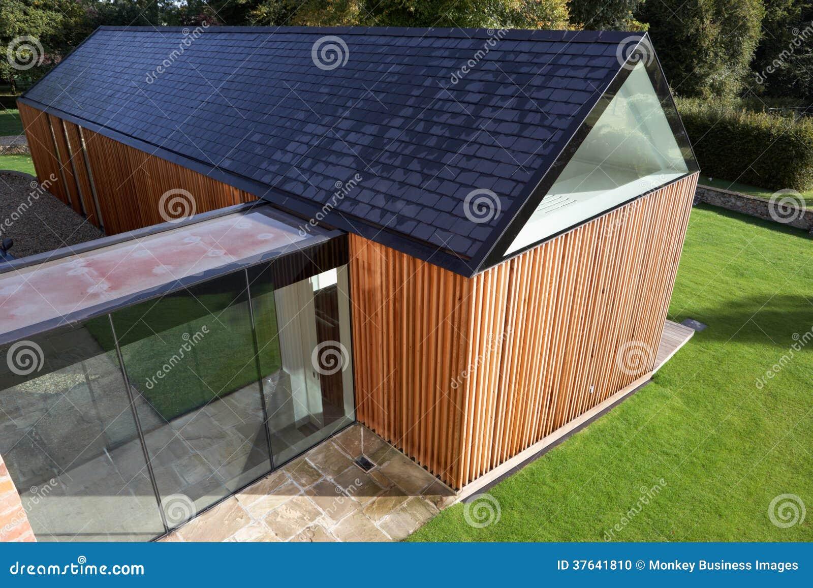Buitenkant van modern huis met uitbreiding stock foto afbeelding 37641810 - Buitenkant thuis ...
