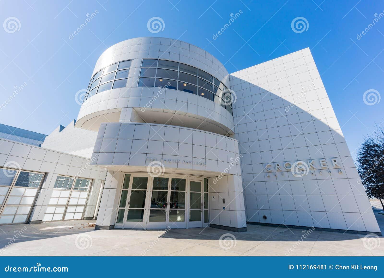 Buitenmening van beroemd Crocker Art Museum