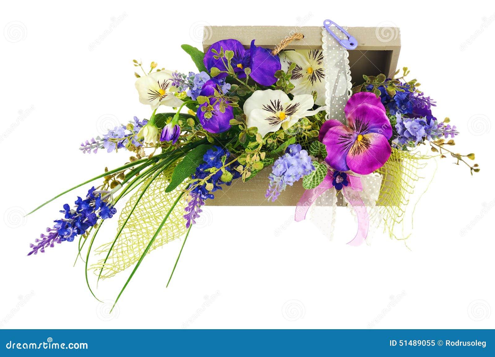 Bukiet od sztucznych kwiatów przygotowania centerpiece w woode