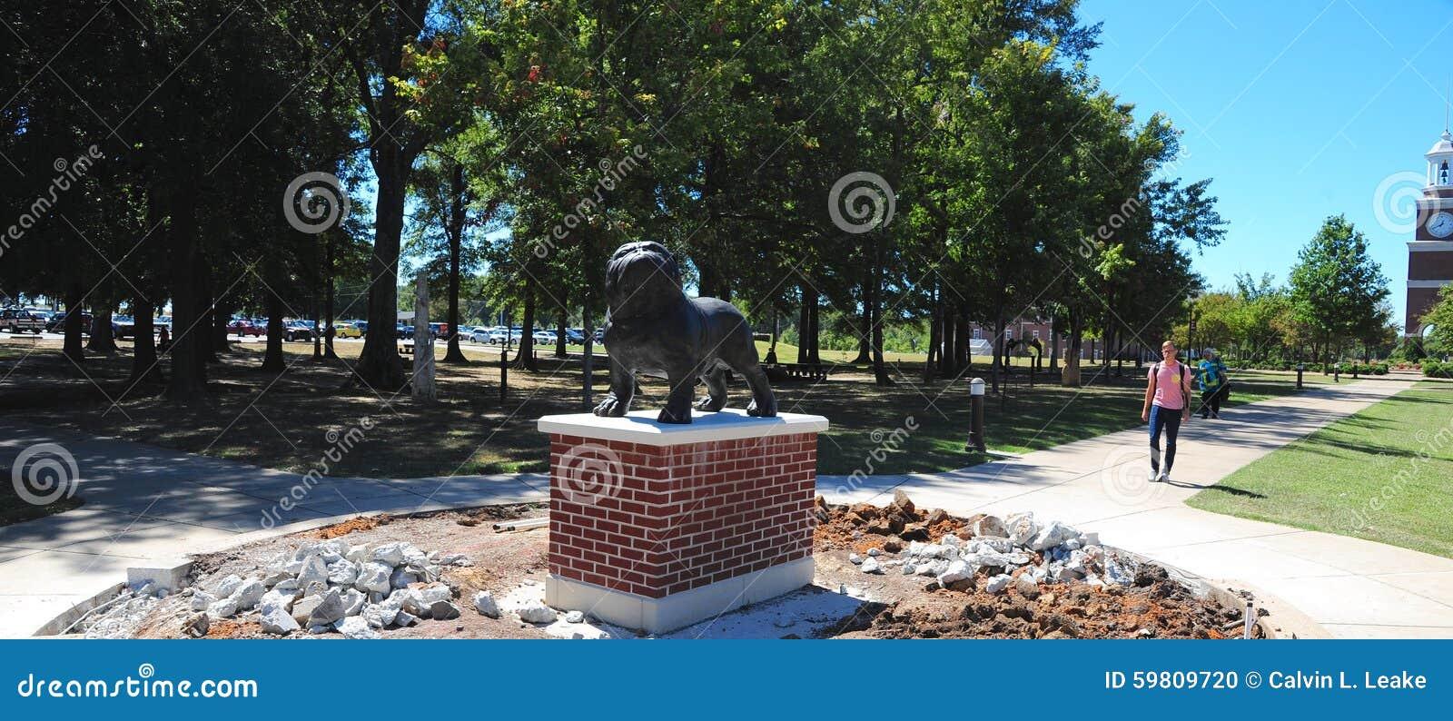 Bulldog Mascot Statue at Union University in Jackson, Tennessee.