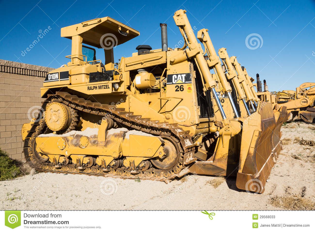 bulldozers-work-wanted-29568033.jpg