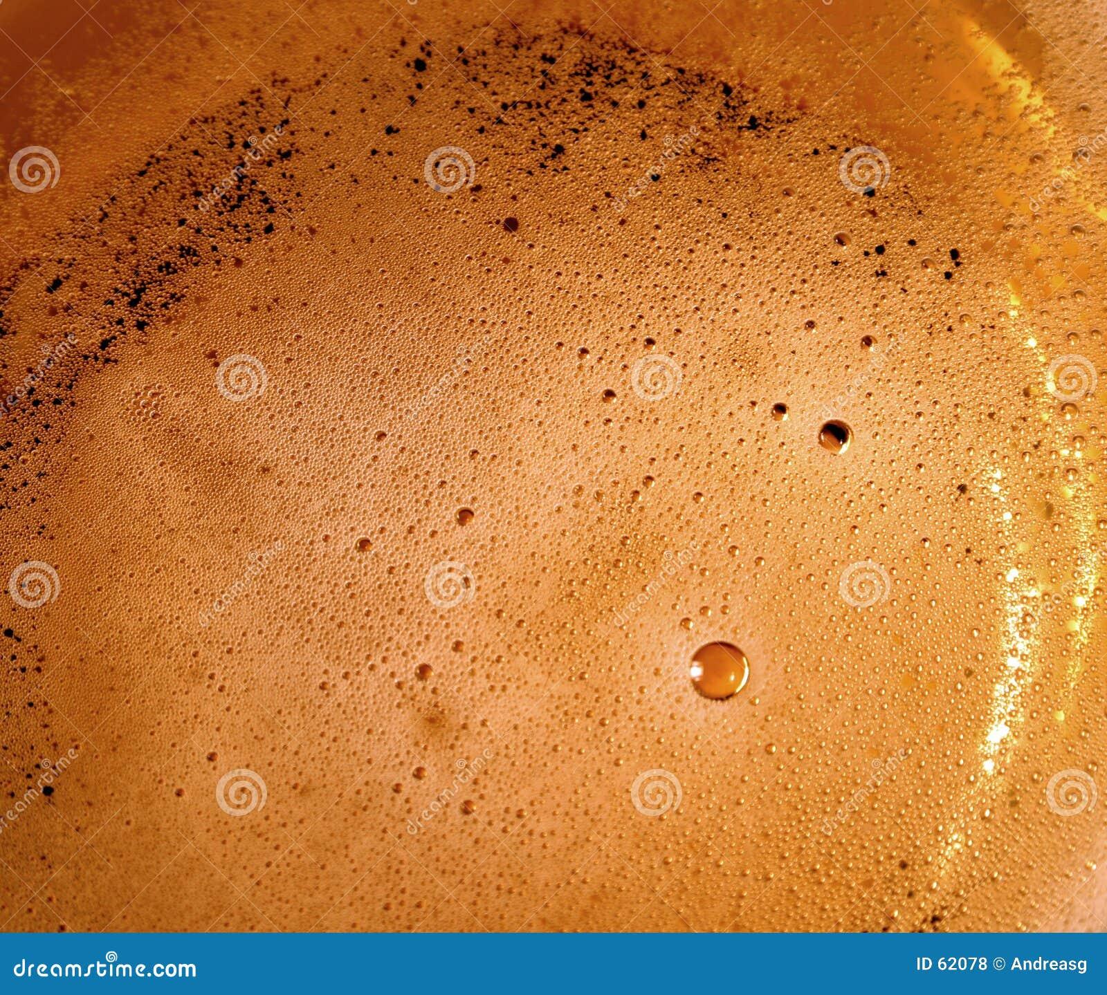 Download Bulles de bière photo stock. Image du rafraîchissement, bières - 62078
