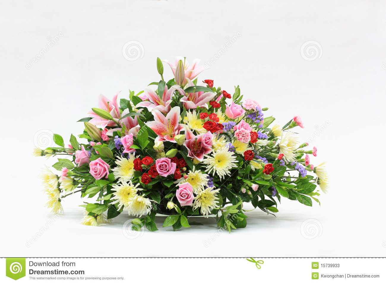 Bunch of flowers stock image image of beautiful green 15739933 bunch of flowers reviewsmspy