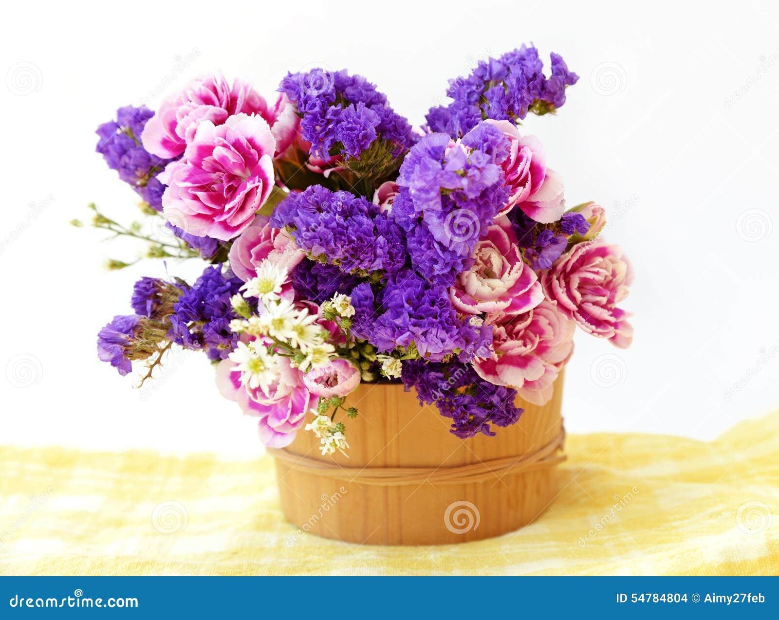 Фото цветы букеты в ведре