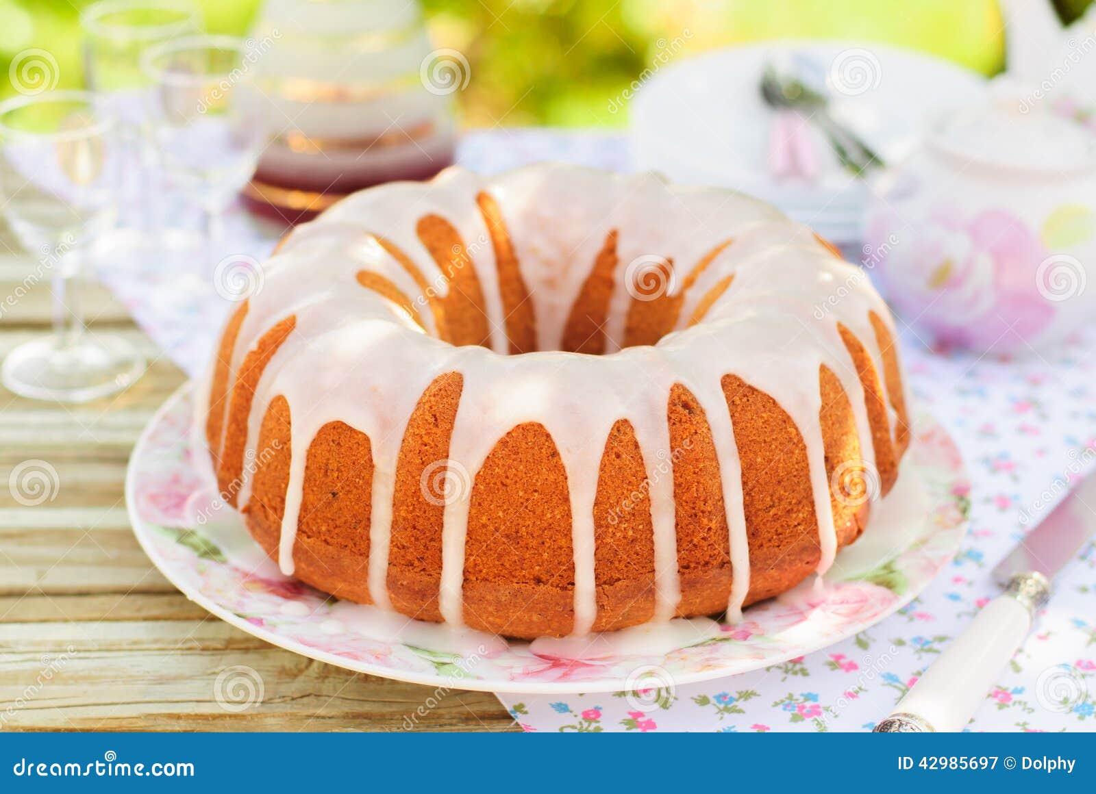 how to make sugar glaze for cake
