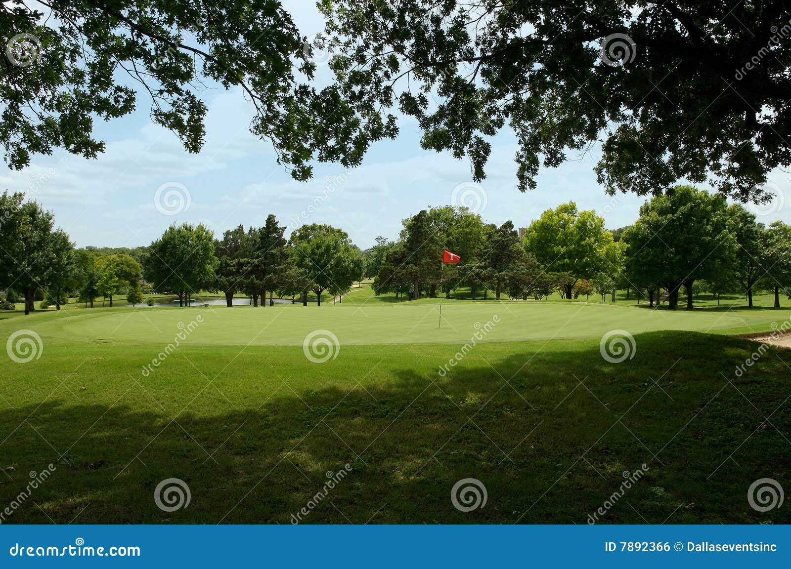 Bunkieru farwateru golfa piasek