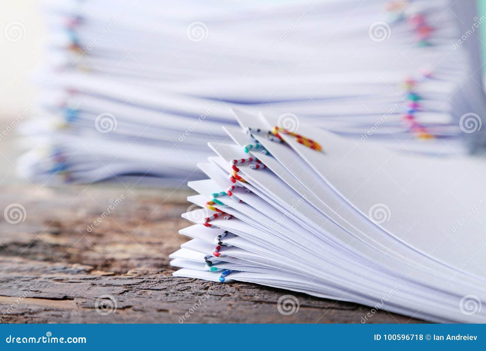 Bunt av papperen