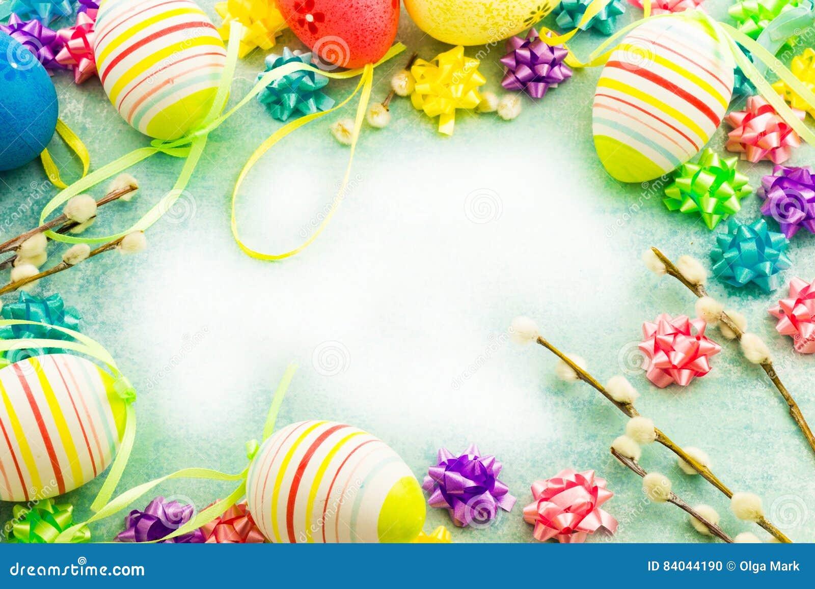 Bunte Eier Ostern, Rahmen stockfoto. Bild von schön, bogen - 84044190