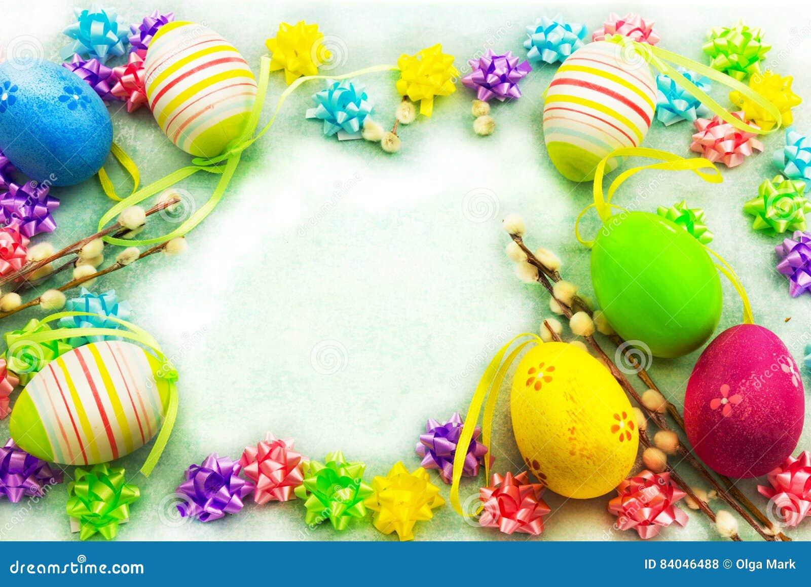 Bunte Eier Ostern, Rahmen stockfoto. Bild von farbe, feier - 84046488