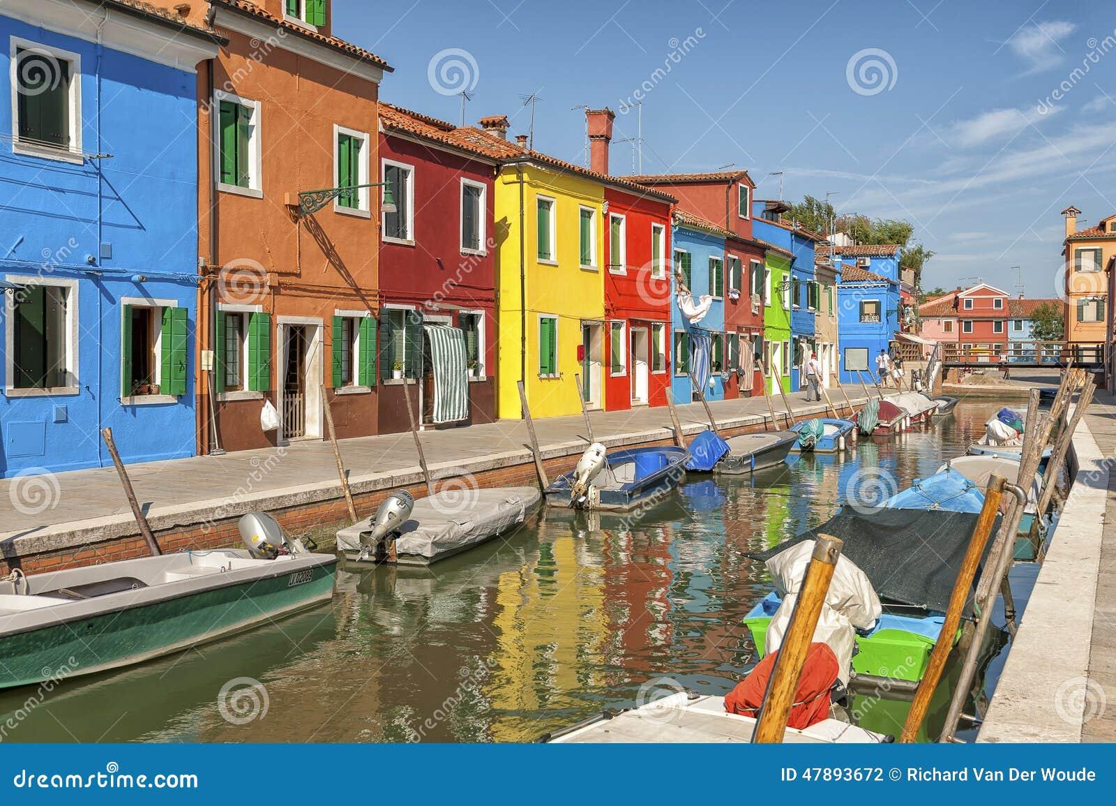 Häuser Italien bunte häuser und kanal auf burano insel nahe venedig italien