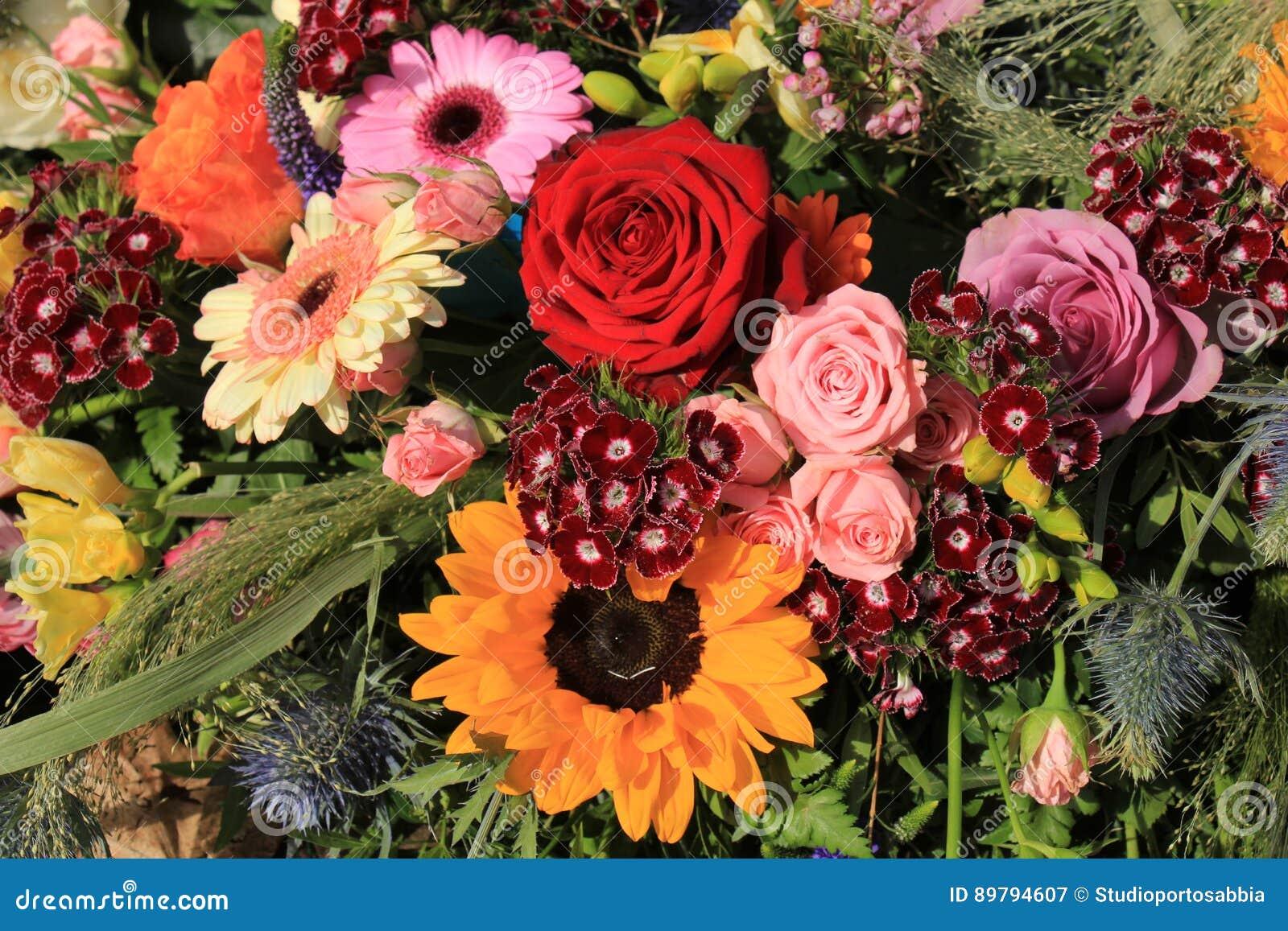 Bunte Hochzeits Blumen Stockbild Bild Von Weiss Gerber 89794607