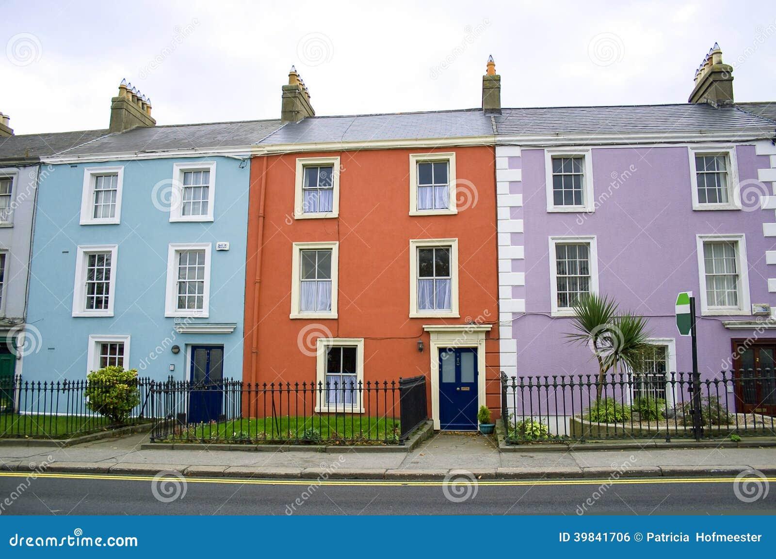 bunte häuser in dublin stockfoto - bild: 39841706, Moderne deko