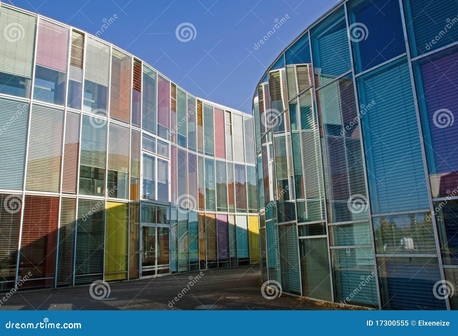 Glasfassade bunt  Moderne Fenster Fassade | harzite.com