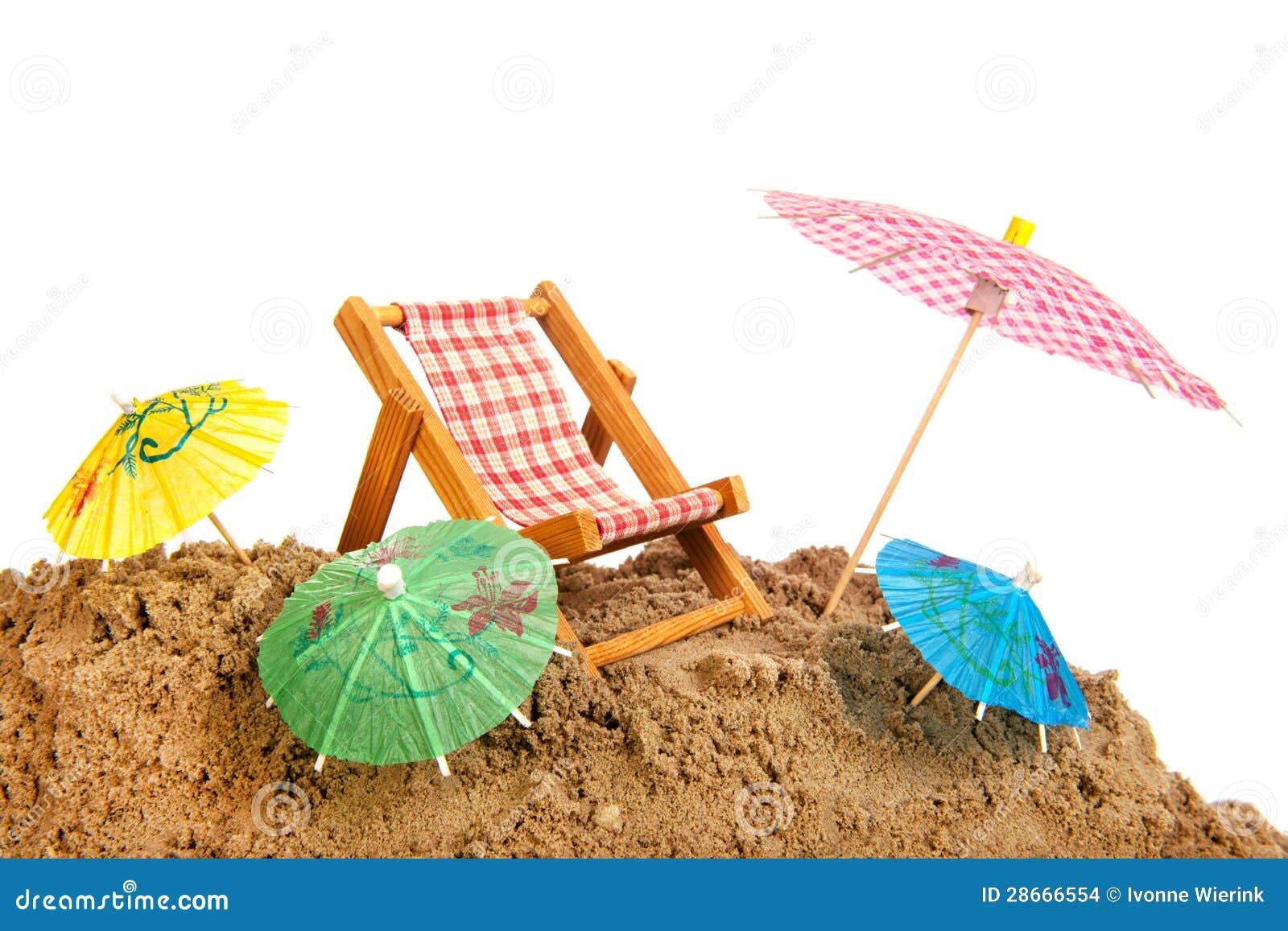 bunte sonnenschirme und stuhl am strand stockfoto bild. Black Bedroom Furniture Sets. Home Design Ideas