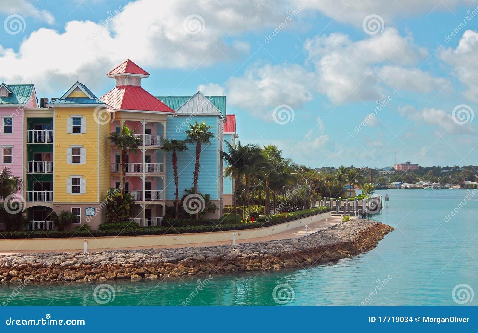 Bunte Stadtwohnungen Nassau-Bahamas