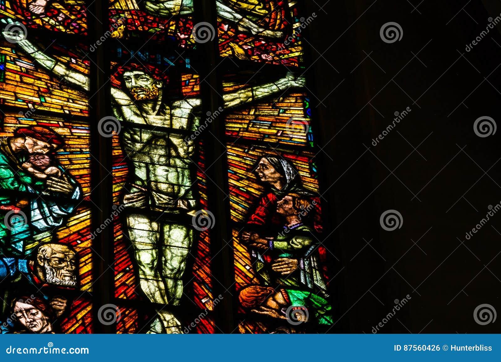 Buntglas-Nahaufnahme-religiöser Kirchen-zuhause Schwarz-Kontrast Te