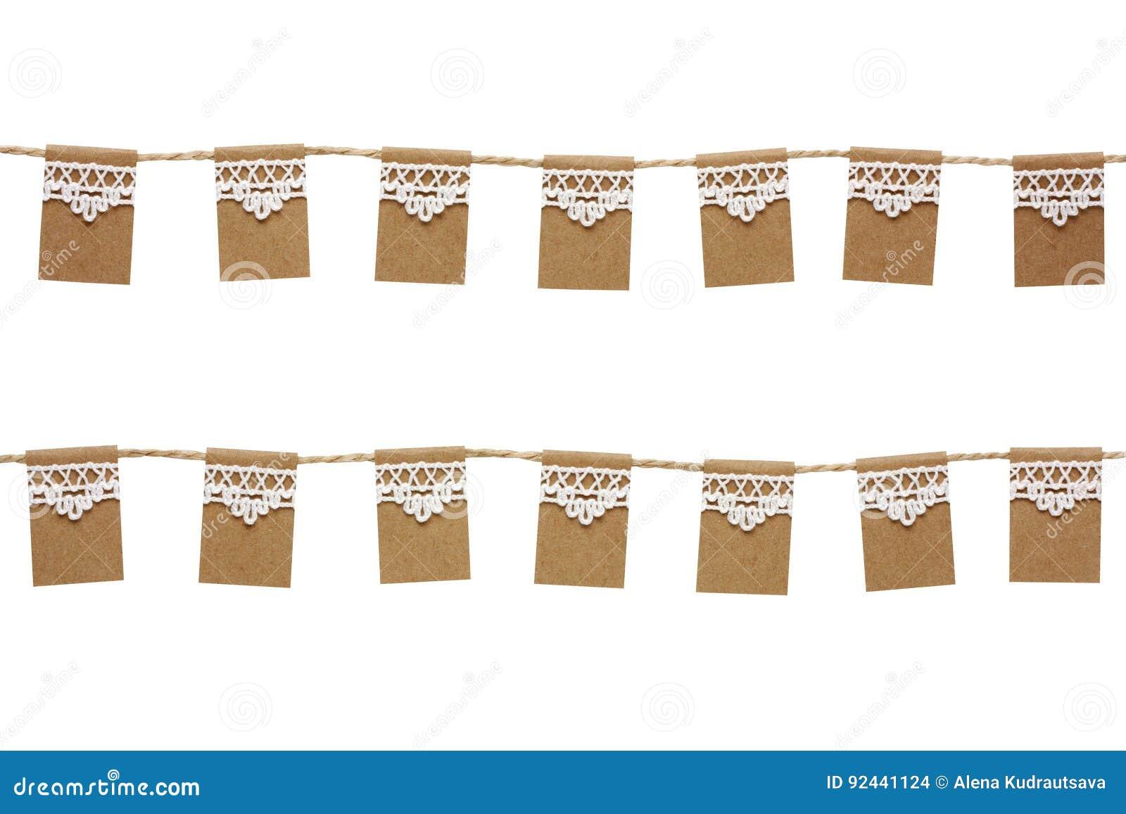 Bunting partiflaggor som göras från kraft papper och, snör åt isolerat på w
