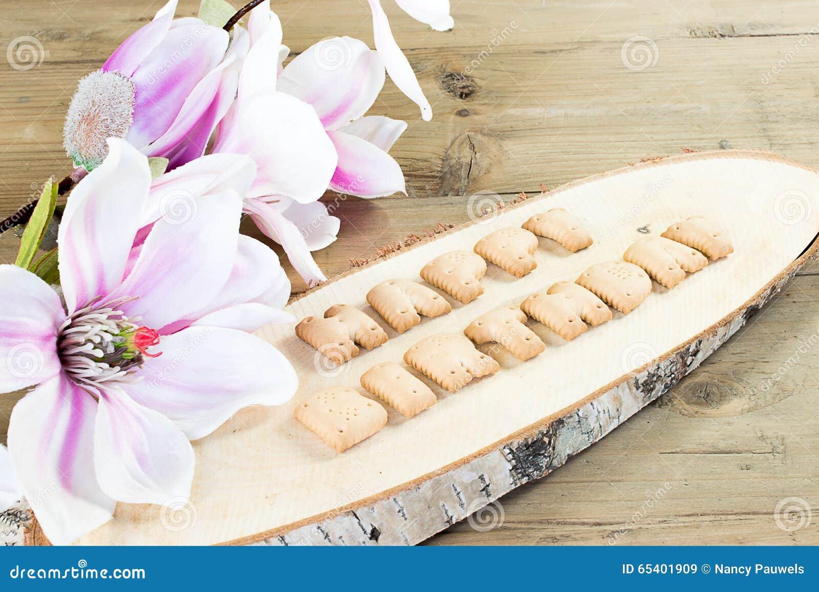 Buon Compleanno Scritto Con I Biscotti Immagine Stock Immagine Di