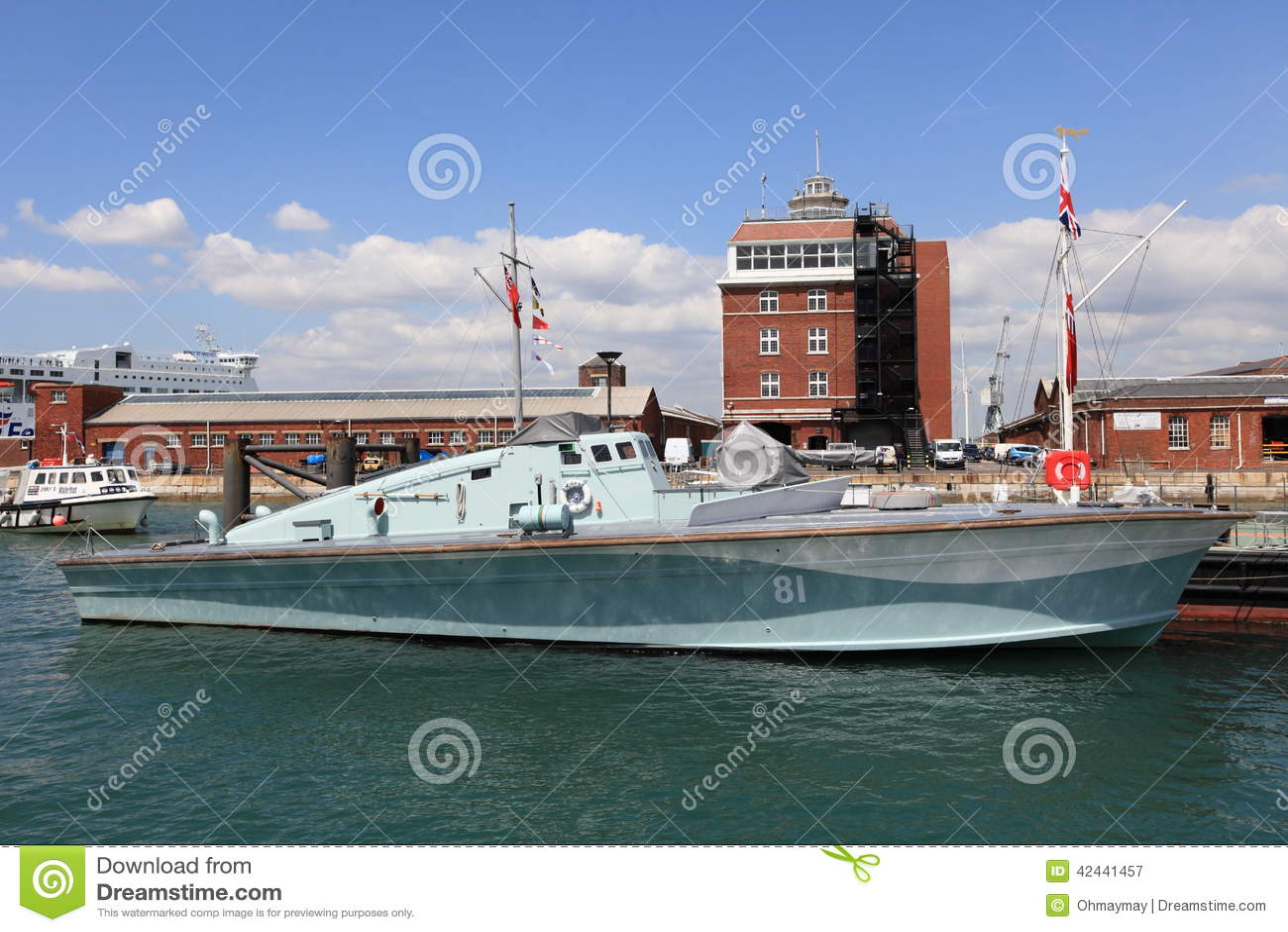 Buques de guerra históricos de la marina de guerra real BRITÁNICA