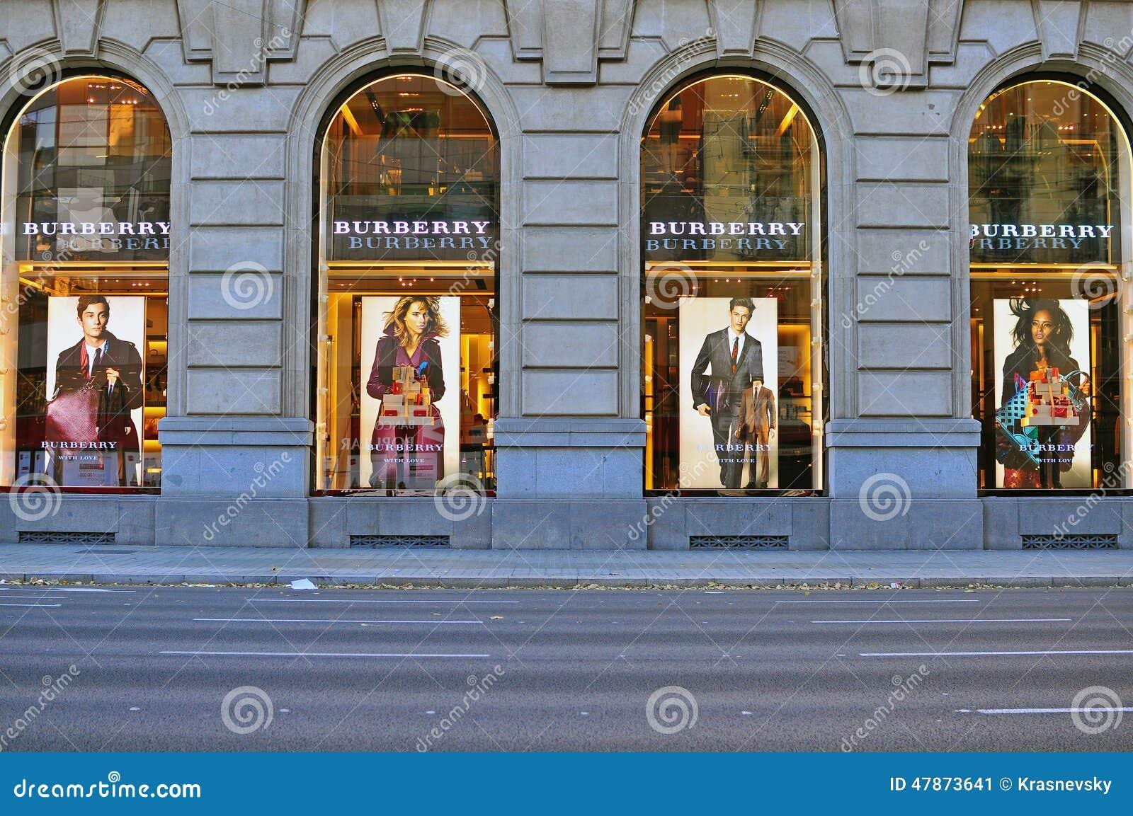 Department Stores / Malls
