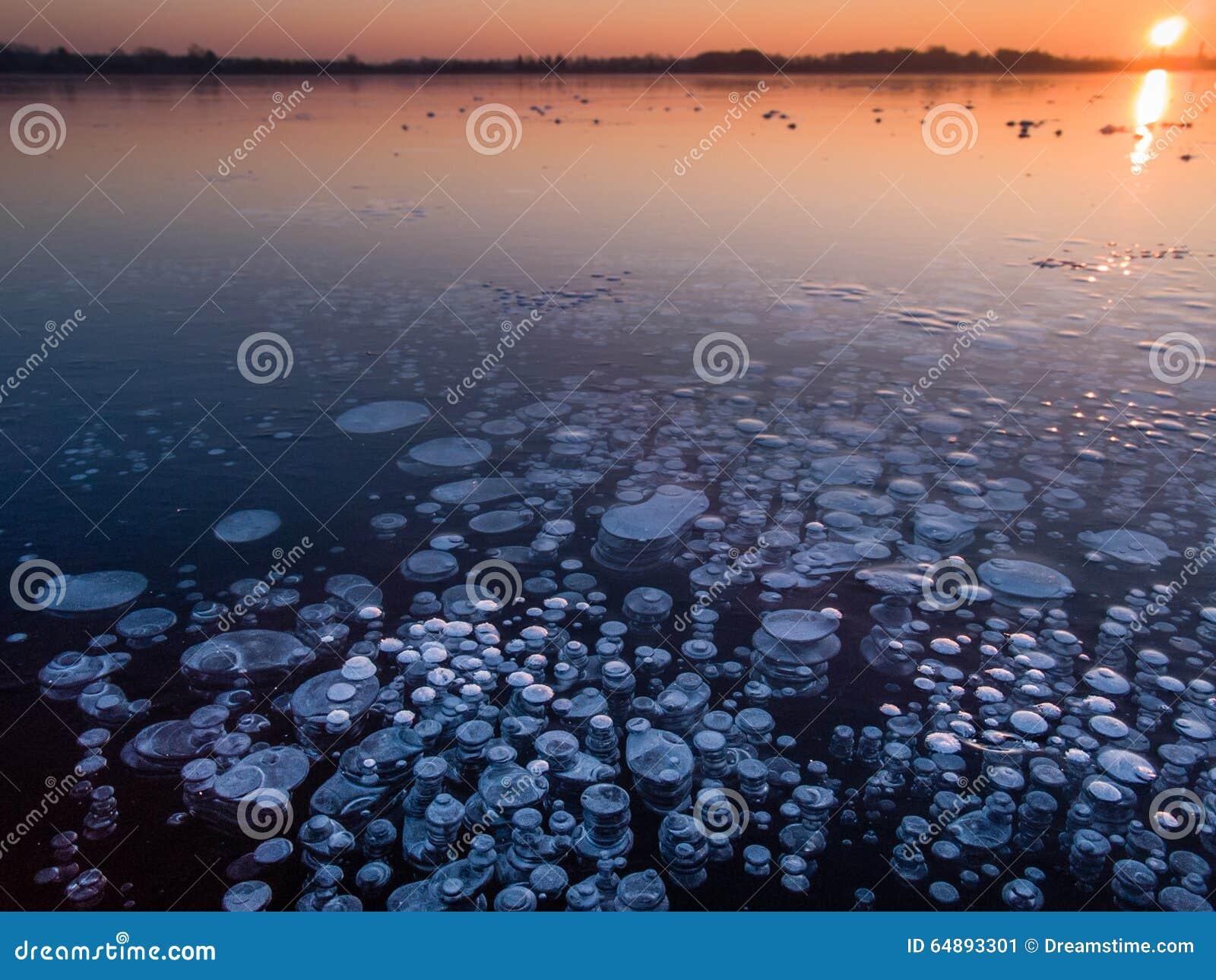 Burbujas del metano en hielo