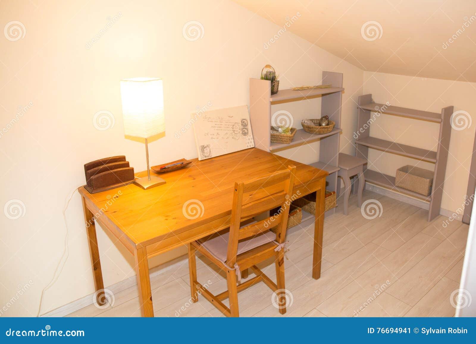 Atelier bureau idéal pour ma petite entreprise à domicile u ma
