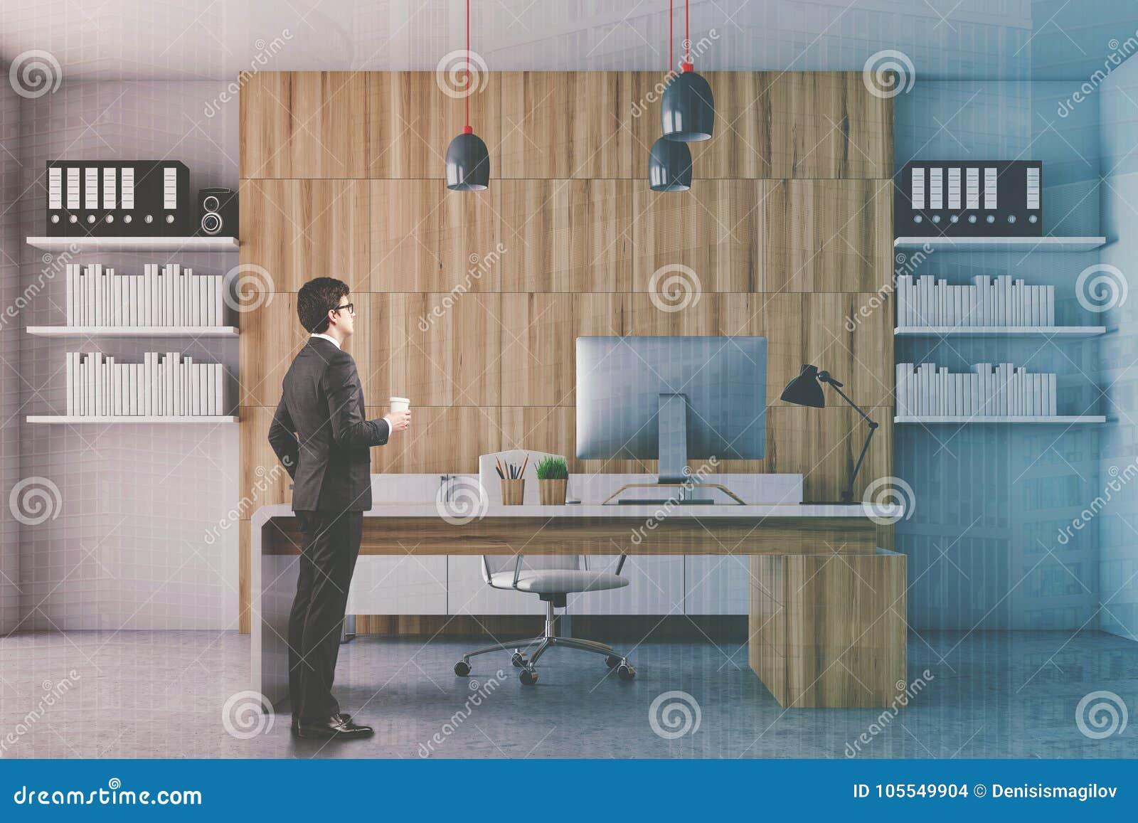 Bureau blanc et en bois de président modifié la tonalité photo