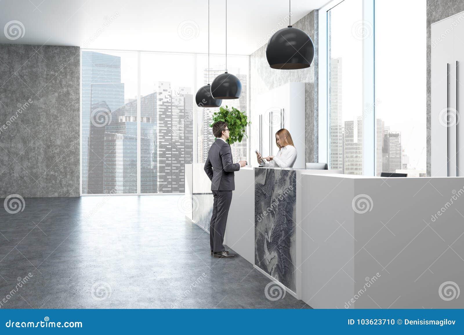 Bureau concret et de marbre côté de réception les gens photo